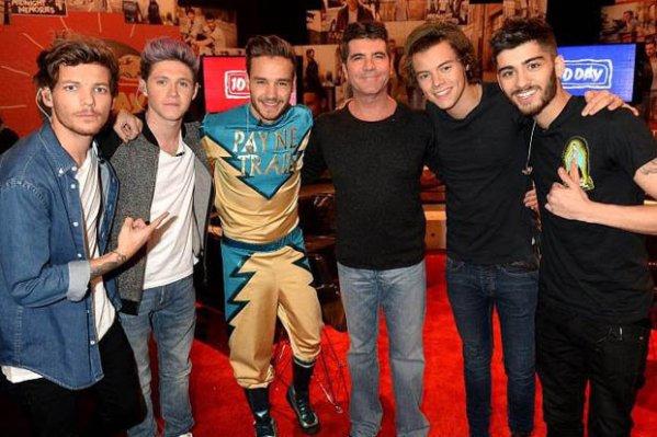 One_Direction_Simon_Cowell_Glee_Harry_Styles_Niall_Horan_Louis_Tomlinson_Liam_Payne_Zayne_Malik-364895